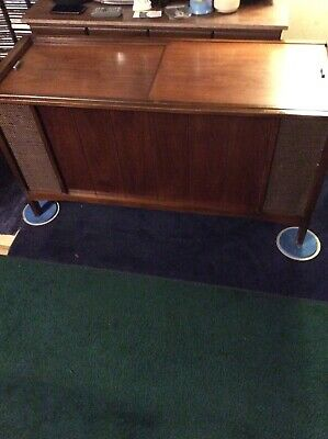 VINTAGE RCA STEREO console with record player and radio model # VPT