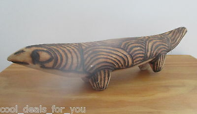 Vintage Retro Aboriginal Wood Carvings of Lizard 31cm Long