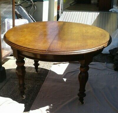 Old Antique Dinning Table And Chairs