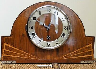 Attractive 1935 Westminster Chime Mantle Clock with key