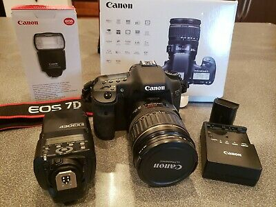 Canon EOS 7D 18.0 MP Digital SLR Camera Black EF- IS USM 28-135mm Kit w Flash