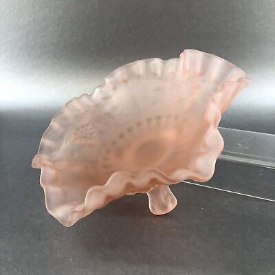 """Vintage Pink Frosted Glass 3 Footed Trinket Candy Bowl 8"""" Grapes Mint Antique"""