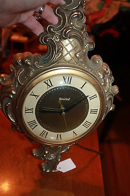 VINTAGE*UNITED GOLD CAST METAL ELECTRIC WALL CLOCK~ model 84