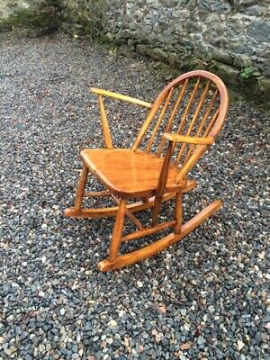 Vintage Childs   Rocking Chair