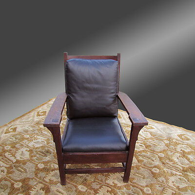 Antique Larger Gustav Stickley Arm Chair   inv2502
