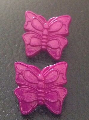 """2 Vintage 3/4"""" Realistic Novelty Figural Plastic Purple Butterfly Buttons"""