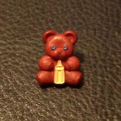 "Vintage 5/8"" Realistic Novelty Figural Plastic Brown Bear W/ Baby Bottle Button"