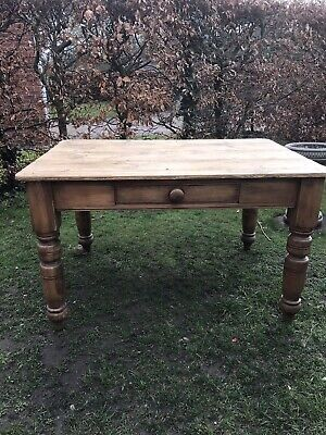 Victorian Pine Farmhouse Table With Draw