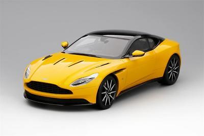 Aston Martin Db11 in Sunburst Giallo 1:18 Scala da Topspeed
