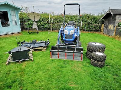 ISEKI TXG237 2016 COMPACT TRACTOR / Ride On Mower With Extras