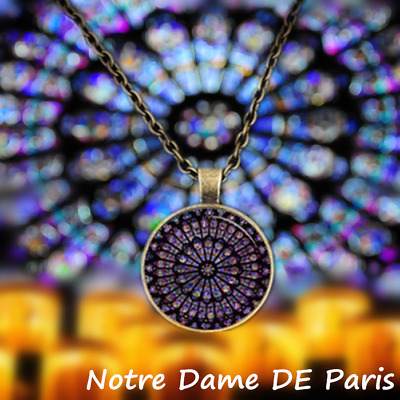 NOTRE DAME CATHEDRAL Paris ROSE WINDOW Stained Glass MEMORY NECKLACE PANDENT