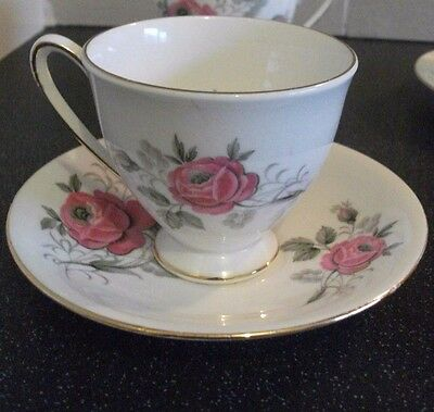 Vintage Royal Standard  Bone China  Coffee Espresso Cups & Saucers Pink Roses x2