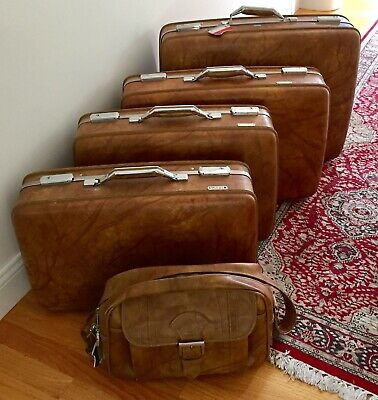 AMERICAN TOURISTER 2 PIECE LUGGAGE SET - HARD SHELL - BROWN MARBLE - w/ KEYS