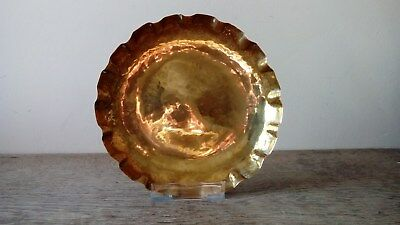Arts And Crafts Hammered Copper Tray With Pie Crust Rim And Dimpled Base