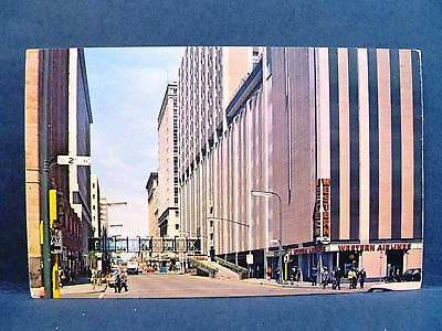 Postcard MN Minneapolis View of Seventh Street