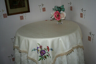 Stunning Vintage Linen Hand Embroidered Lace Trimmed Tablecloth.