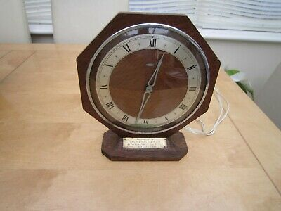 vintage oak electric clock maker METAMEC for repair