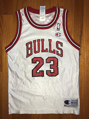 57f02a9d580 MICHAEL JORDAN Vtg 90s Champion Jersey CHICAGO BULLS Youth Med may Fit Lady  size