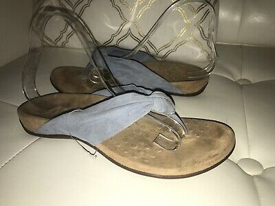 8437366c346b VIONIC REST PIPPA SUEDE LEATHER TWISTED KNOT SANDALS Sz 7 Sample Not For  Resale