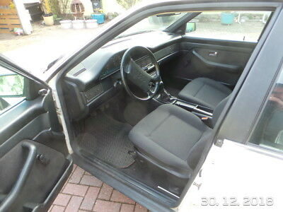 AUDI 100 typ 44, Oldtimer in Weiss, 1.Hand
