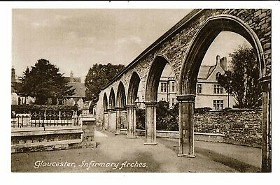 CPA-Carte postale-Royaume Uni - Gloucester -Infirmary Arches VM2367
