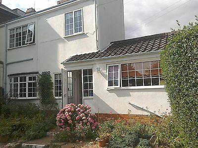 grosvenor cottage hornsea east yorkshire holiday- dogs welcome. April and may