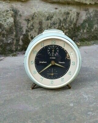 A 1950s Trivox Silentic Alarm Clock by Junghans - Working fine - Vintage - Retro