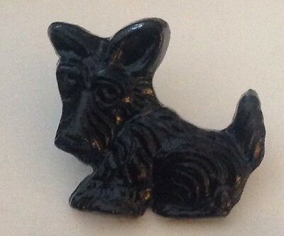 "Vintage 5/8"" Realistic Novelty Figural Plastic Black Scottie Puppy Dog Button"
