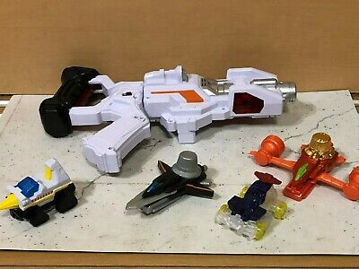 POWER RANGERS Lupinranger VS Patoranger / Patoranger gun and figure set