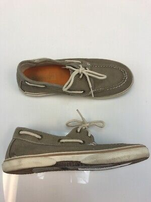 Kids' Clothing, Shoes & Accs Euc Boys Cherokee Canvas Slip On Boat Shoes Grey Size 4 Cool In Summer And Warm In Winter Clothing, Shoes & Accessories