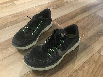 free shipping 48a56 c05a8 Nike Free RN Distance Running Shoes Mens Size 10.5 Black, Grey And Green