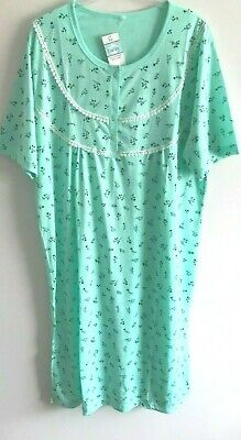 Ladies 'Lucky Brand' Poly/Cotton S/Sleeved Green  Floral Nightdress (Size16/18)