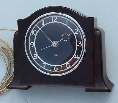 Electric clock, Smiths Sectric, bakelite, excellent condition and runs quietly
