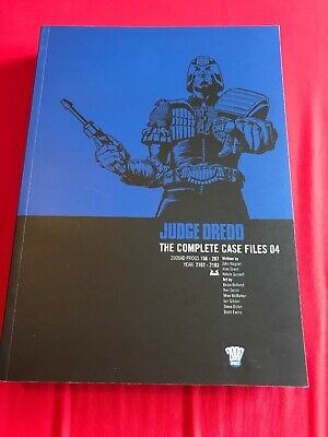 Judge Dredd The Complete Case Files 04 2000ad Graphic Novel Comic