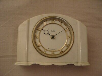 Smiths 30 Day Mantle Clock (Bakelite) Spares or Repairs.