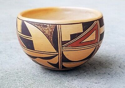 Hopi Native American Indian Pottery Bowl Signed c.1940's