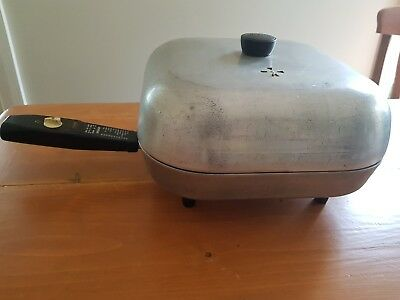 Sunbeam Controlled Heat Frypan - Vintage 1950's Collectable Kitchenware