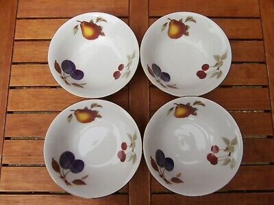 4 x ROYAL WORCESTER EVESHAM GOLD BOWLS - PLUM, PEAR AND CHERRY DESIGN