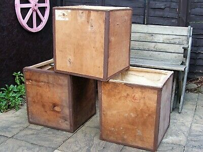 1 x OLD VINTAGE WOODEN TEA CHEST CRATE SIDE TABLE COFFEE FURNITURE