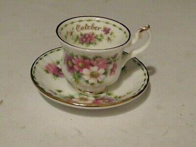 Royal Albert OCTOBER Cosmos F.O.T.M. MINIATURE Teacup & Saucer ENGLAND