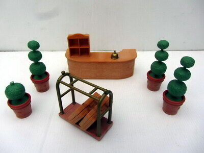 SYLVANIAN FAMILIES - Desk, Potted Plants, Luggage Trolley etc from GRAND HOTEL