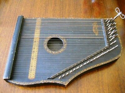 Very Early Menzenhaur's Guitar Zither