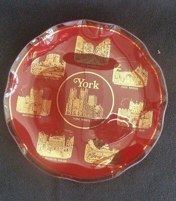 Red & Gold Glass 10 Inch Decorative Plate / Shallow Dish YORK CITY MONTAGE Boxed