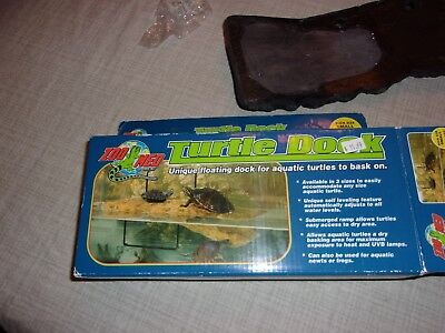 "Turtle Dock Zoo Med Floating Small 5"" x 11 1/4"" NEW 10 Gallon Tank & Up"
