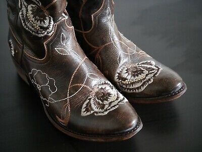 d092d8243eb R. SOLES 100% Tooled Leather Burgundy Tan & White Cowboy / Western ...