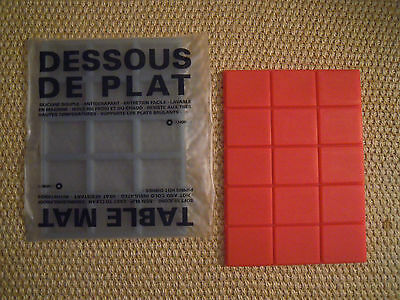 D-SIGN O FRANCE sottopentola silicone/dessous de plat/table mat  ROSSO