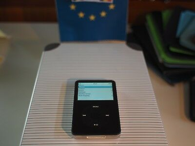 Ipod 80gb Black (Apple A1136) and more accessories