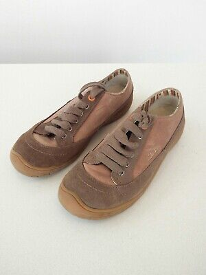 Girls Kids Clark's brown nubuck shoes trainers UK 2.5