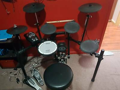 Roland TD-11K Electric Drum Kit with Iron Cobra 200 double kick