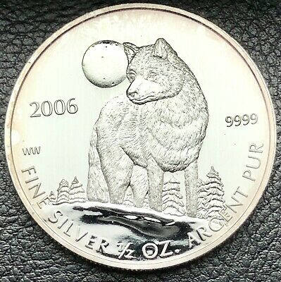 2006 $1 Canadian Wolf 1 Troy oz .9999 Fine Silver Coin (5972)